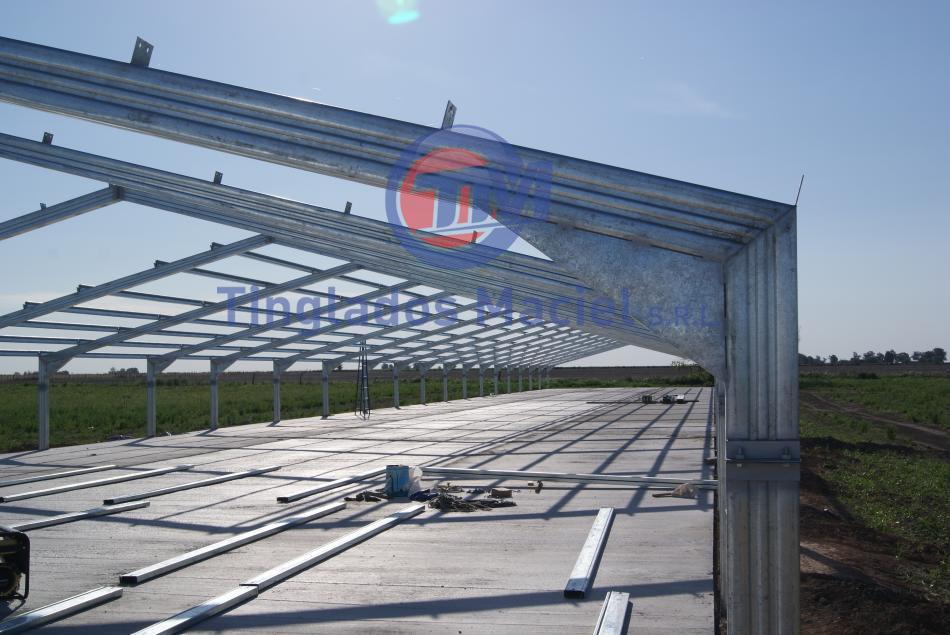 Estructura met lica construida en perfil c perfil c for Perfiles de hierro galvanizado precio